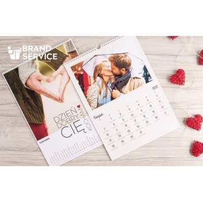 Календарь с фотографией на каждый месяц | Печать календарей