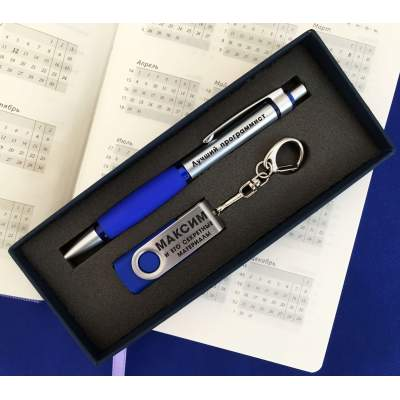 Гравировка на ручках и флешках