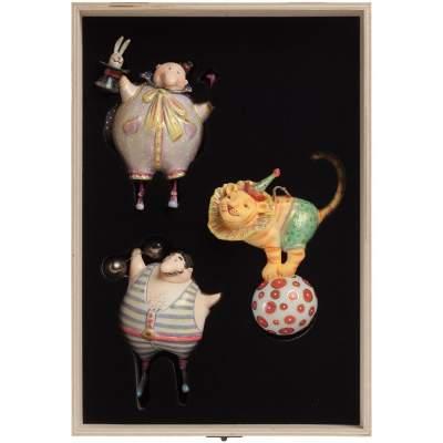 Купить Набор из 3 елочных игрушек Circus Collection: фокусник с нанесением 45000р.