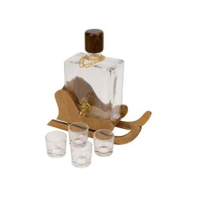 Штоф со стаканчиками на деревянной подставке Сани
