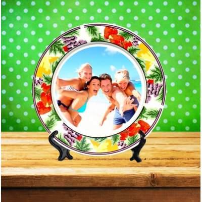 Керамическая тарелка с изображением