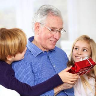 Для дедушки